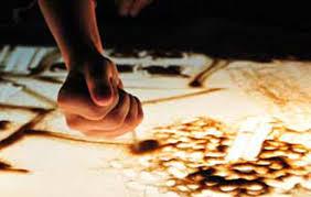 liivakunstnik-käsi